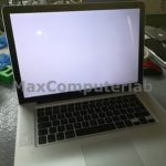 schermo bianco macbook a1286